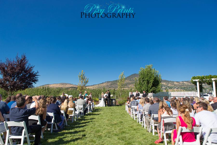 Roxy ann winery wedding