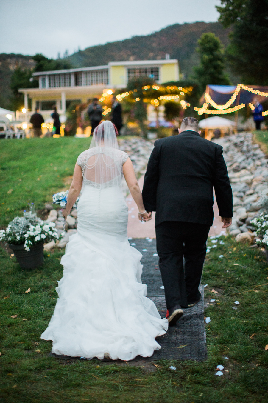 Teapot On Wheels Wedding 1060