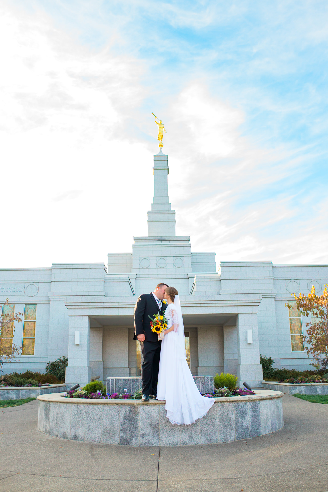 Medford Oregon Temple Wedding